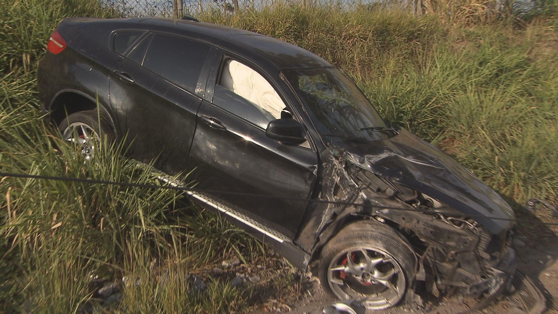 Motorista inabilitado capota BMW avaliada em mais de R$ 100 mil no Anel Rodoviário de BH