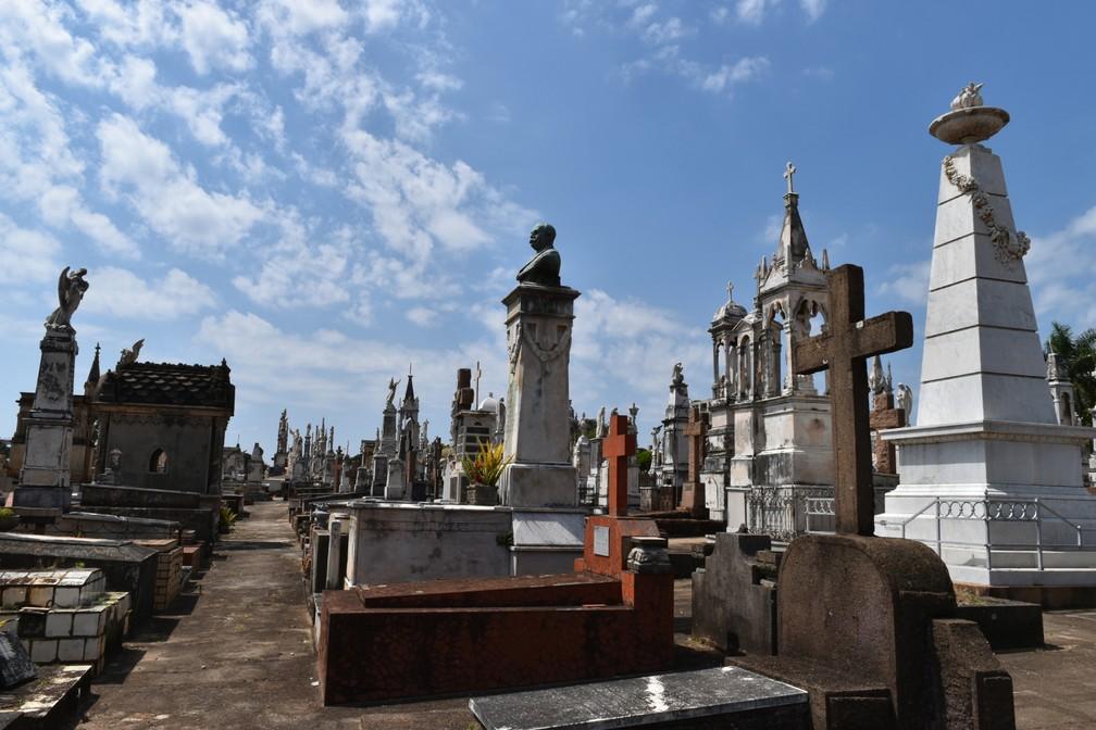 Historiador destaca necessidade em dar valor aos patrimônios históricos da cidade — Foto: Rui do Amaral/G1