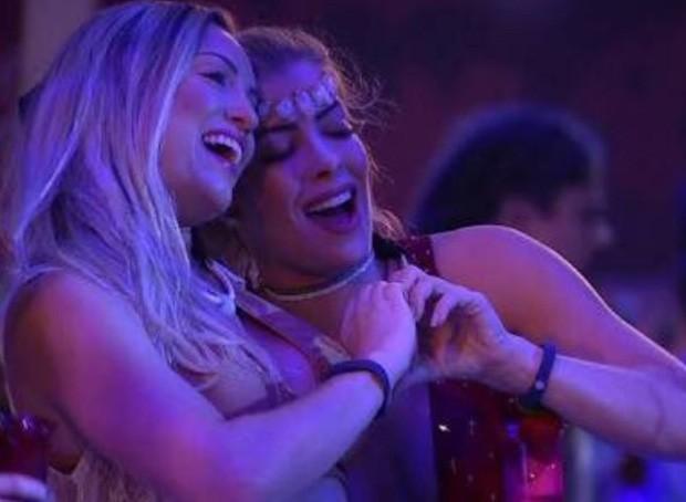 Jéssica Mueller e Jaqueline Grohalski (Foto: TV Globo/Divulgação)