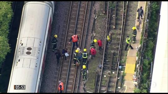 Explosão ocorre em trem na estação de Londres; há feridos