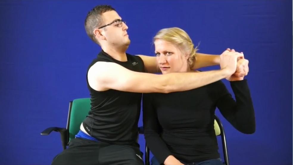 Aplicativo de autorreabilitação: exercícios são acompanhados de vídeos para orientar o paciente (Foto: Divulgação)
