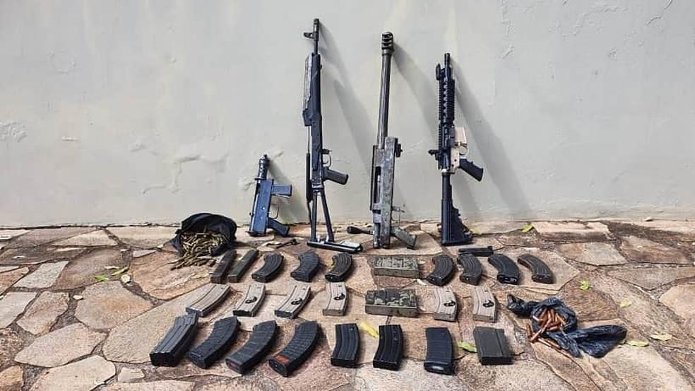 Material apreendido pela polícia sera encaminhado para perícia — Foto: Polícia Militar / Divulgação