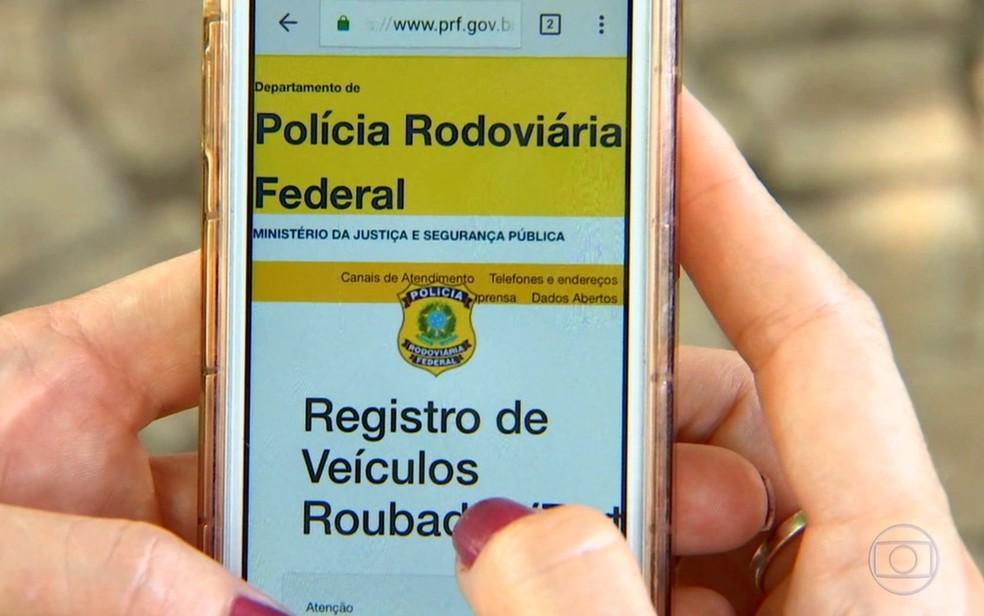 Sistema Sinal da PRF procura facilitar a recuperação de veículos roubados e furtados (Foto: Reprodução/TV Globo)