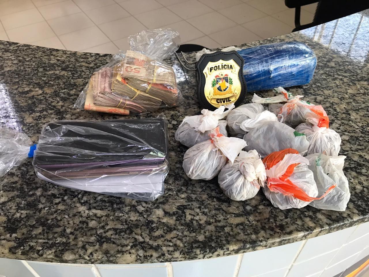 Suspeito de tráfico é preso com meio quilo de skunk e R$ 3 mil em Boa Vista - Notícias - Plantão Diário