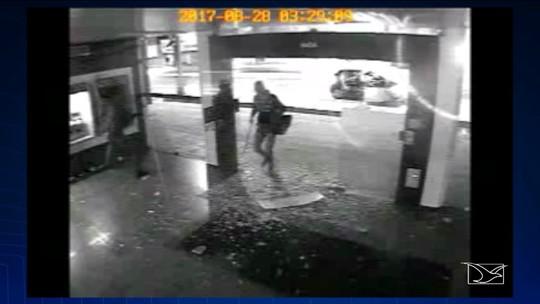 Polícia procura por bandidos que explodiram agência da CEF no MA