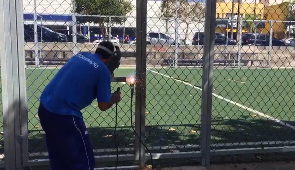 Portões foram soltados durante a manhã desta quarta-feira (8) — Foto: Prefeitura de Ponta Grossa/Divulgação