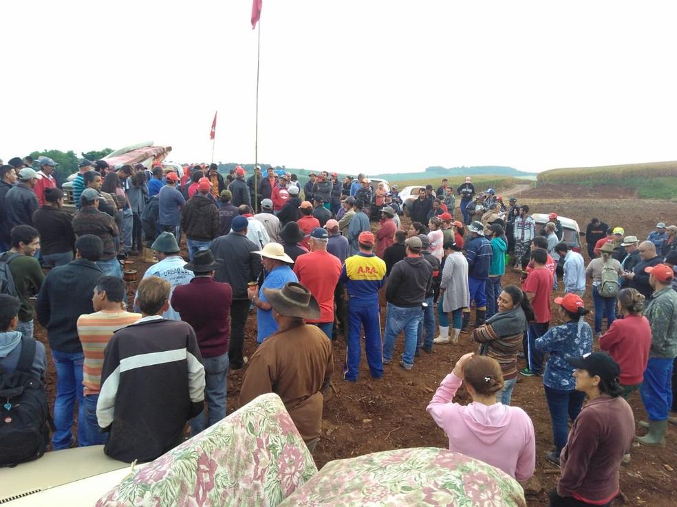Famílias do MST ocupam fazenda em Xanxerê (Foto: MST/Divulgação)