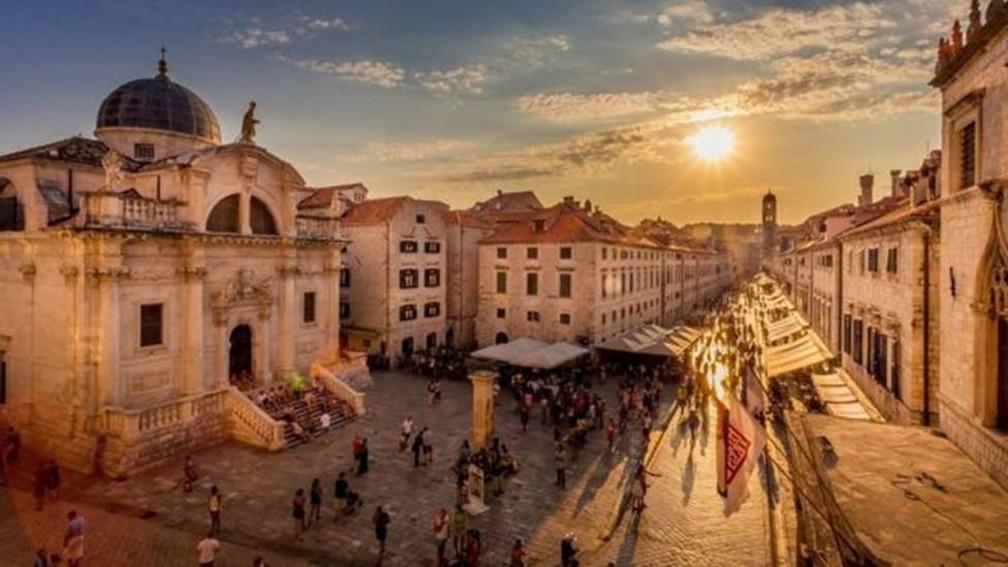 Prefeitura está tomando medidas para controlar melhor o turismo e preservar Dubrovnik — Foto: CONSELHO DE TURISMO/DUBROVNIK