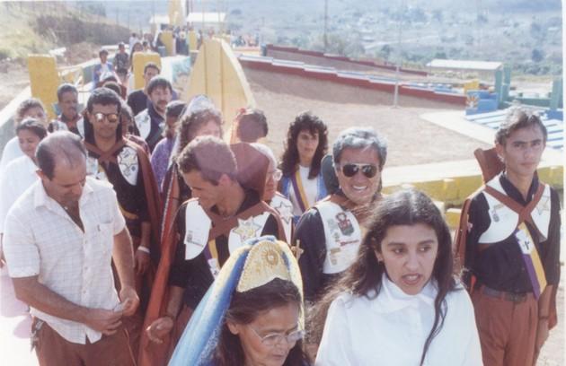 Na gravação do 'Programa legal' no Vale do Amanhecer, em 1992 (Foto: Edivaldo Ferreira)