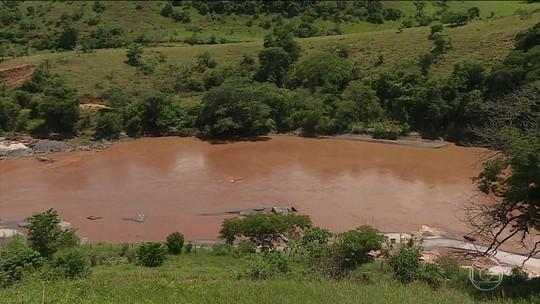 Samarco não cumpre prazo para limpeza da Usina de Candonga, diz Ibama