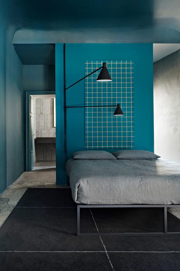 Décor do dia: quarto com tons de azul e móveis de ferro (Foto: Divulgação)