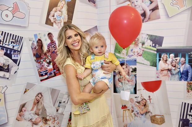 Karina Bacchi e Enrico (Foto: Manuela Scarpa e Marcos Ribas/Brazil News)