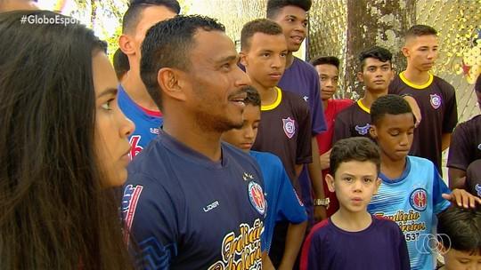 """Taça das Favelas estreia em Goiás como vitrine para sonhos e com zagueiro Rafael Vaz de """"padrinho"""""""