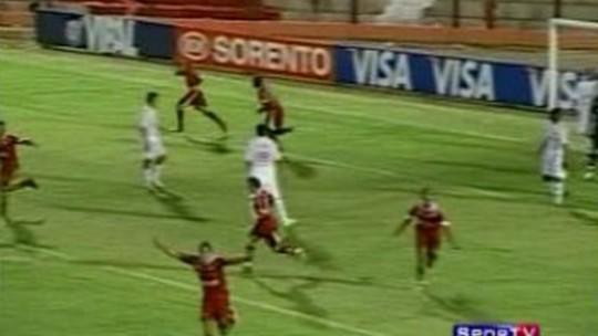 De algoz de Nilmar a pilar do Inter: como Moledo surgiu há 10 anos