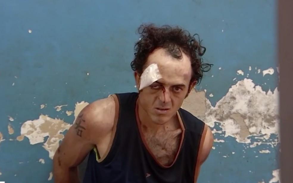 Uilker Alves foi preso suspeito de invadir igreja e esfaquear fieis, em Aparecida de Goiânia — Foto: Reprodução/TV Anhanguera