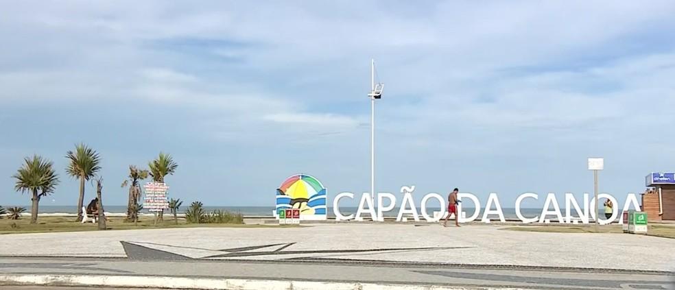 Capão da Canoa terá medidas mais restritivas para tentar reduzir o avanço da pandemia — Foto: Reprodução/RBS TV
