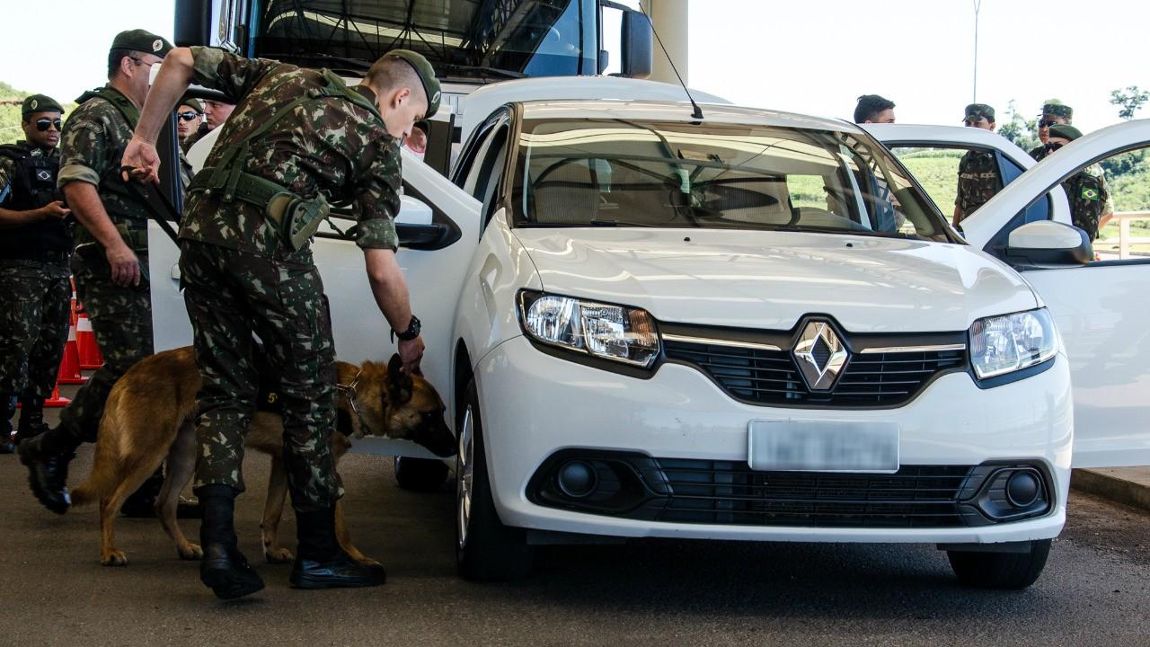 Exército e órgãos de segurança fazem operação contra crimes na fronteira em SC e mais 2 estados