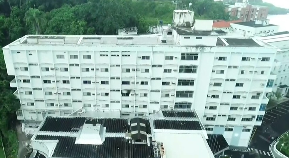 Paciente colocou fogo em colchão e tentou fugir do Hospital Espanhol, em Salvador — Foto: Reprodução/TV Bahia