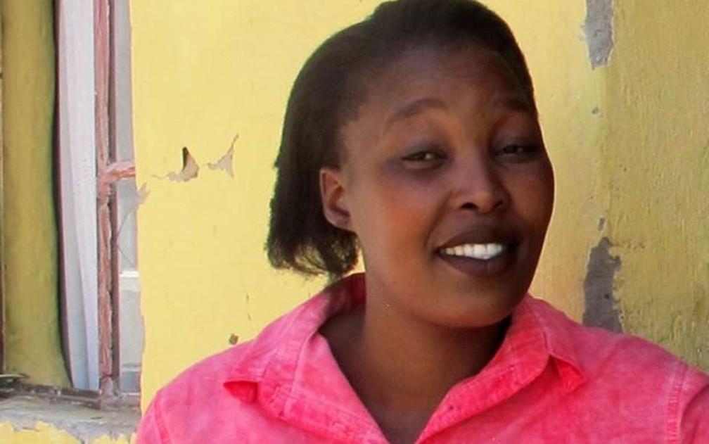 'Me senti mais segura, mas uma parte de mim dizia que eles mereciam prisão perpétua', diz Siphokazi sobre a condenação dos estupradores — Foto: BBC