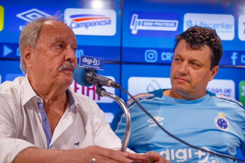 Wagner Pires de Sá durante apresentação de Adilson Batista na sexta-feira na Toca — Foto: Vinnicius Silva/Cruzeiro