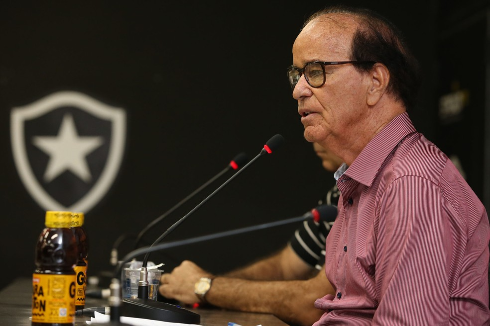 Lopes perdeu força interna com a mudança de presidentes (Foto: Satiro Sodre/SSPress/Botafogo)