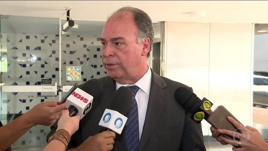 Fernando Bezerra e o filho são suspeitos de receber propina de mais de R$ 5 milhões, diz PF