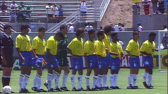 Brasil x El Salvador com estreantes e memórias de 1954