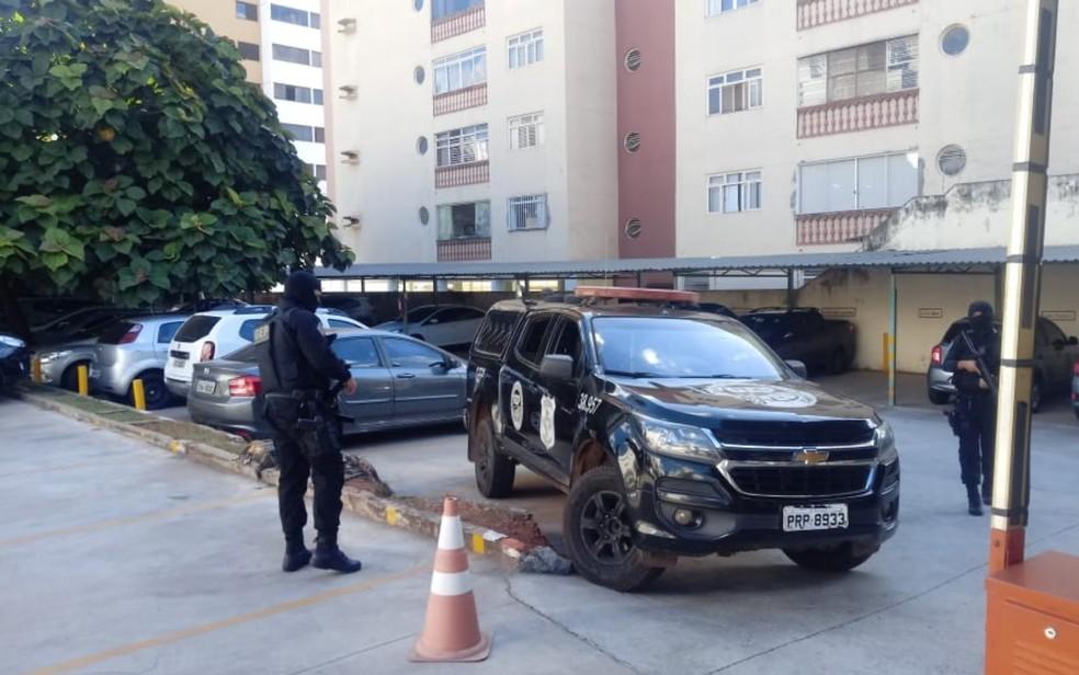 Escolta do Sistema Prisional de Goiás busca João de Deus em hospital de Goiânia — Foto: Vitor Santana/ G1