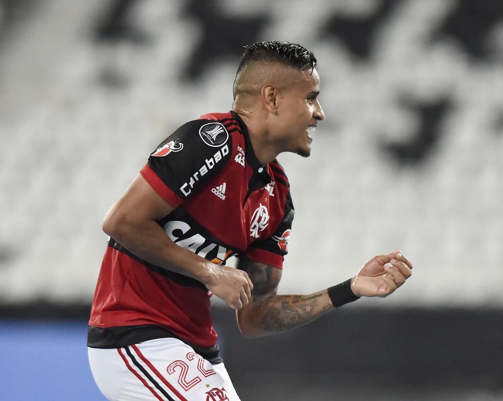 """São Paulo tem interesse na contratação de Everton, do Flamengo; Rubro-Negro """"apura"""" a situação (Foto: André Durão / GloboEsporte.com)"""