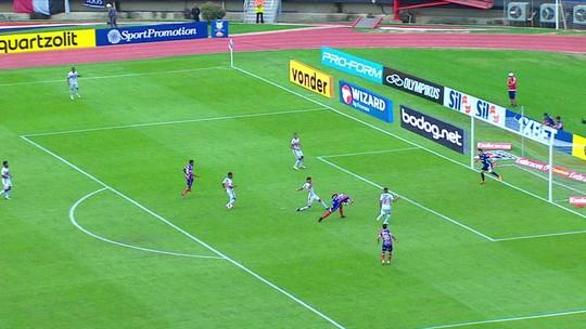 Sem Gilberto, Fernandão ganha chance de recuperar boas atuações pelo Bahia