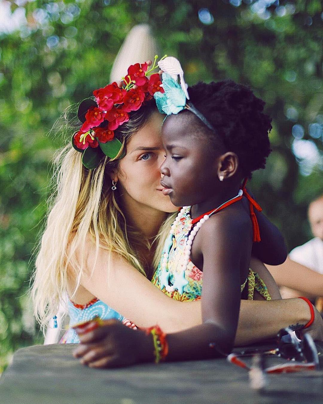 Giovanna e Titi: rosto forma coração (Foto: Reprodução / Instagram)