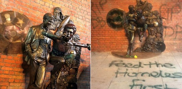 Estátua de Bowie amanheceu vandalizada nesta terça-feira (27) (Foto: Reprodução/Twitter)