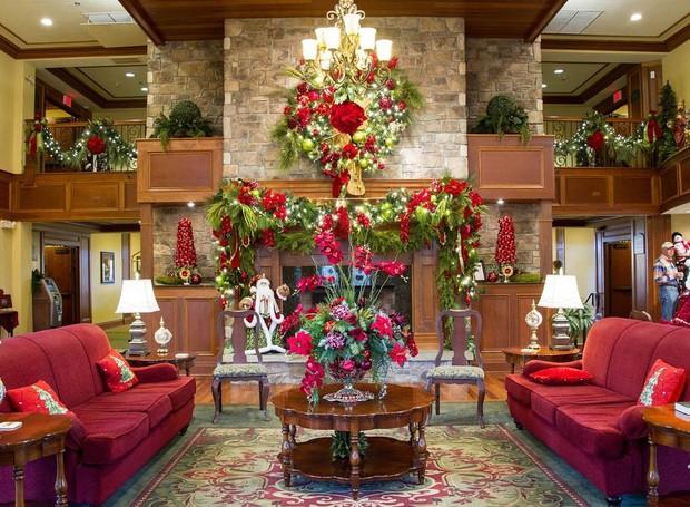 Hotel que comemora o Natal durante o ano todo - The Inn at Christmas Place (Foto: The Inn at Christmas Place/ Reprodução)