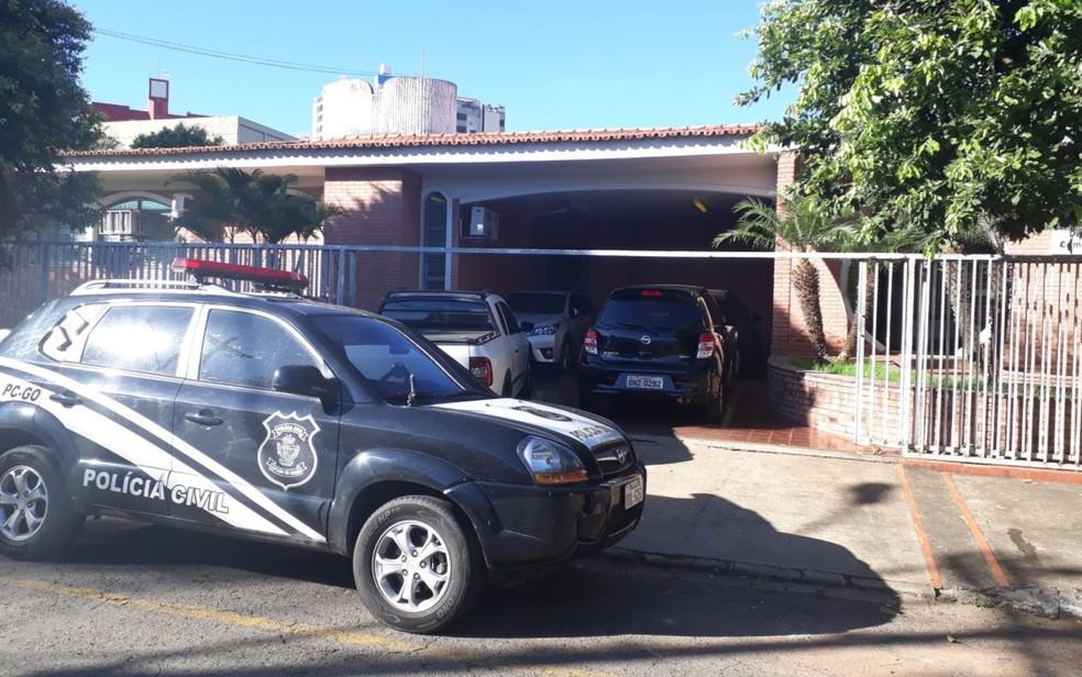 Polícia faz operação contra fraude em concurso para delegado em Goiás (Foto: Sílvio Túlio/G1)
