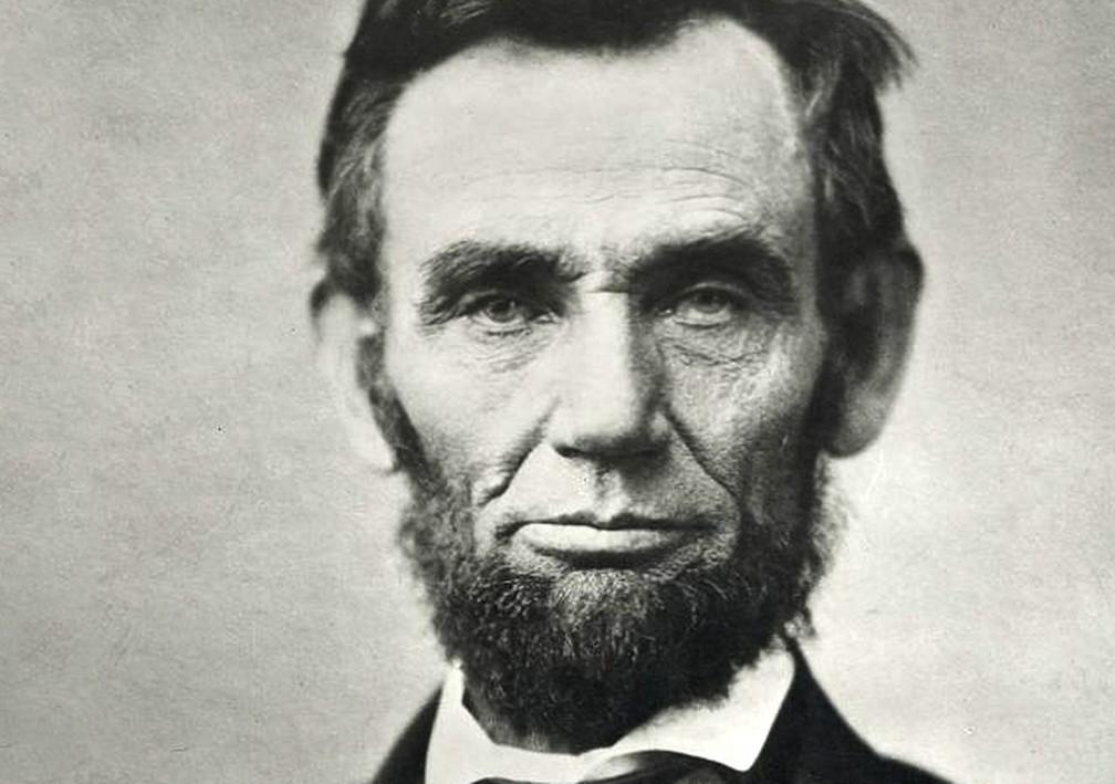 Apesar do luto, o 16º presidente, Abraham Lincoln, conseguiu se manter equilibrado e o país, unido.  — Foto: Casa Branca