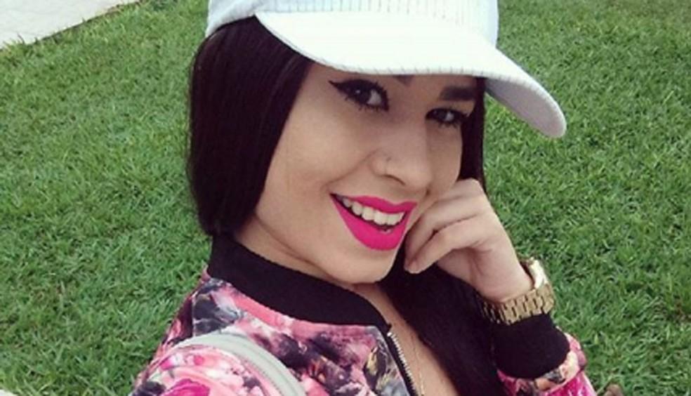 Braieny Alves Soares foi morta a tiros no centro de Florianópolis (Foto: Arquivo pessoal)