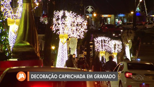 Decoração da cidade é show à parte no Natal Luz de Gramado