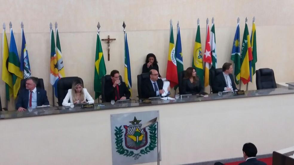 Projeto de lei é de autoria da mesa diretora da Assembleia Legislativa do Amapá (Foto: John Pacheco/G1)