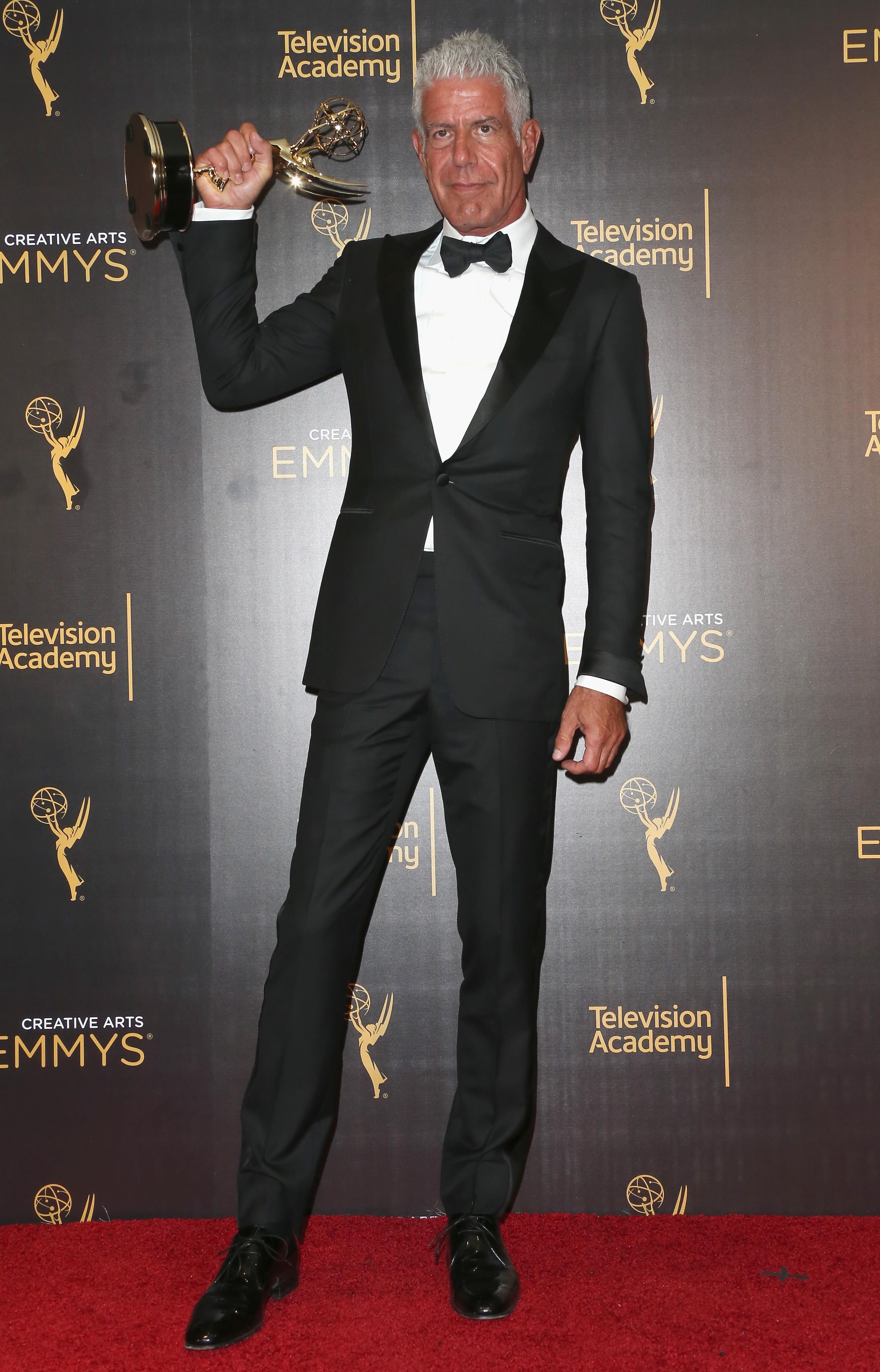 Bourdain em cerimônia do Emmy (Foto: getty)