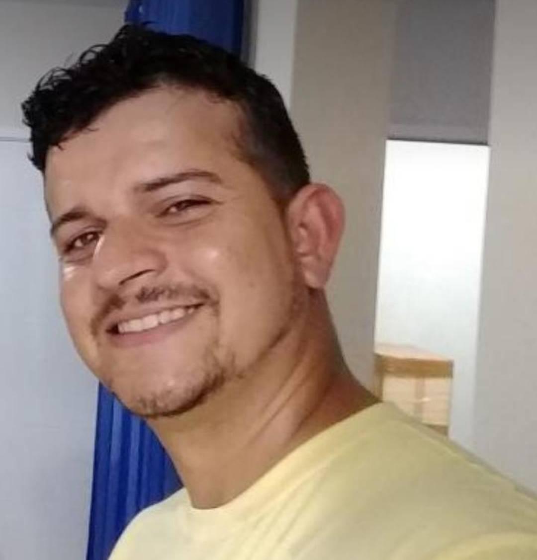 Daniel Muniz Veloso trabalhava em uma empresa terceirizada e está desaparecido