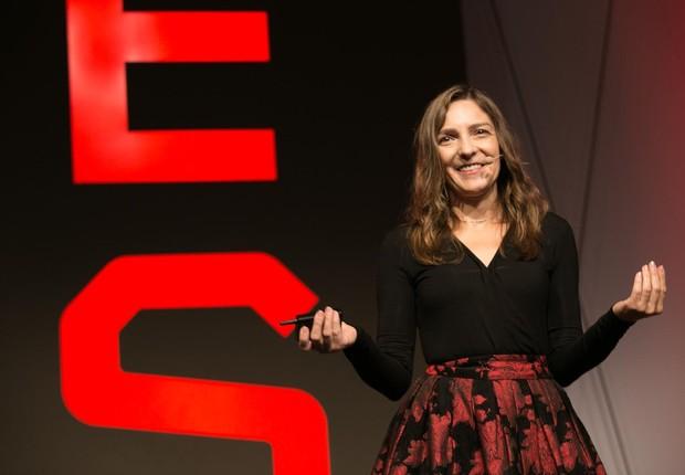 Pamela Pavliscak em conferência da KES (Foto: KES/Divulgação)