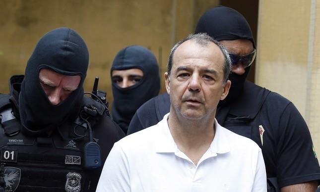 Justiça determina que Sérgio Cabral continue em isolamento no presidío
