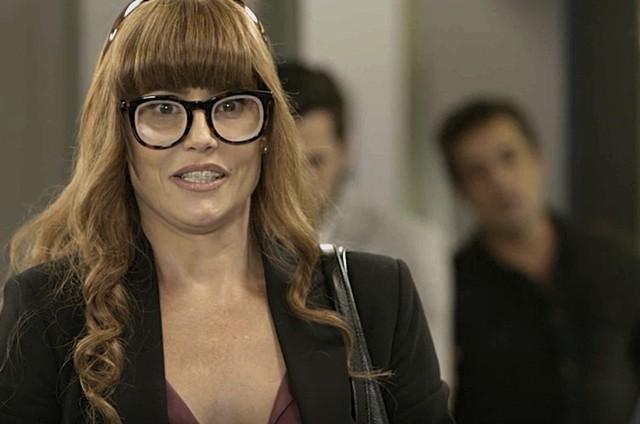 Deborah Secco é Alexia em 'Salve-se quem puder' (Foto: TV Globo)