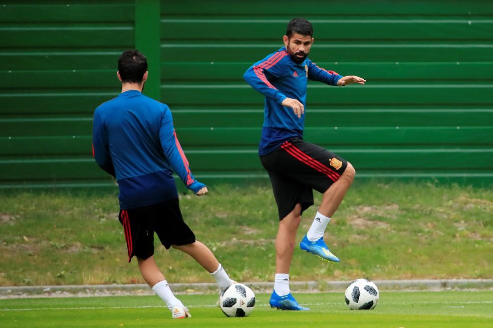 Diego Costa durante treino com a equipe da Espanhal (Foto: REUTERS/Gonzalo Fuentes)