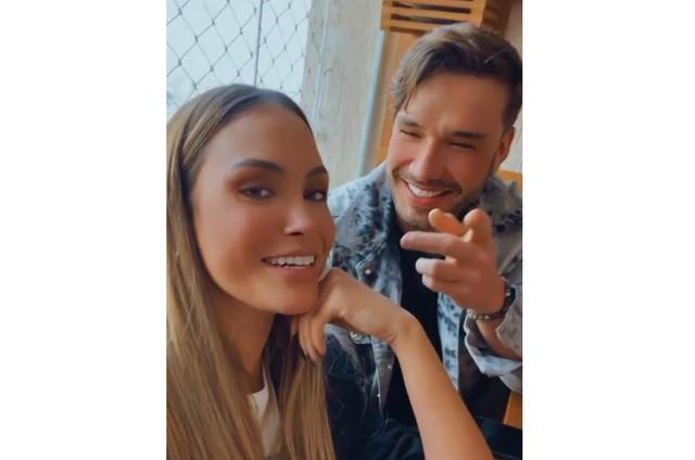 Sarah Andrade e Lucas Viana em visitam a família dela (Foto: Reprodução)