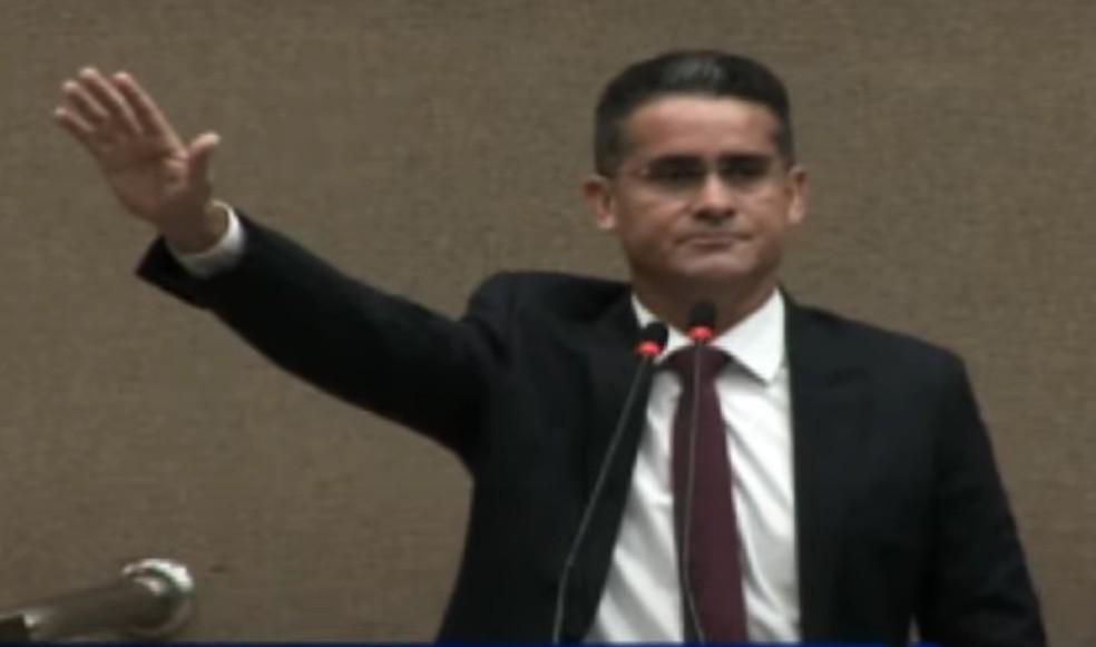 David Almeida, em cerimônia de posse em Manaus — Foto: Reprodução
