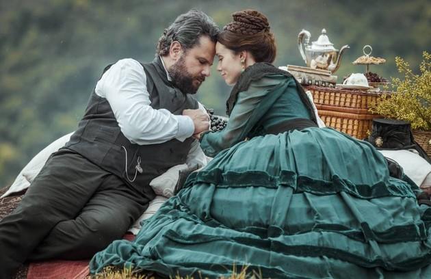 Na quarta-feira (8), Luísa (Mariana Ximenes) se reencontra com Pedro (Selton Mello) e eles se reconciliam (Foto: TV Globo)