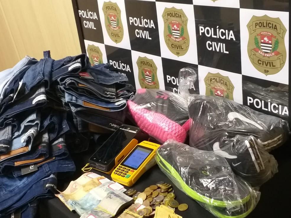 Comerciante estrangeiro não emitia notas fiscais aos clientes em Lins — Foto: Polícia Civil/Divulgação