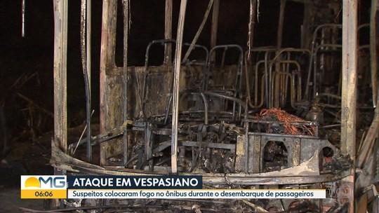 Suspeitos colocam fogo em ônibus em Vespasiano, na Grande BH