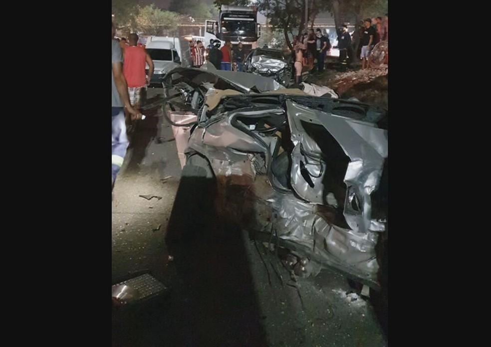 Acidente deixa 3 mortos e 2 feridos na Avenida Brasil, Rio   Rio de Janeiro   G1